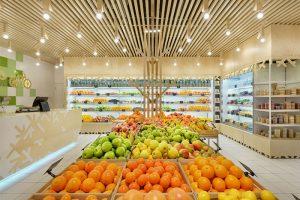 طراحی داخلی مغازه میوه فروشی در اوکراین