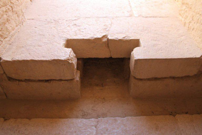 فضایی برای ستایش الهه آب در ایران باستان ؛ معبد آناهیتا