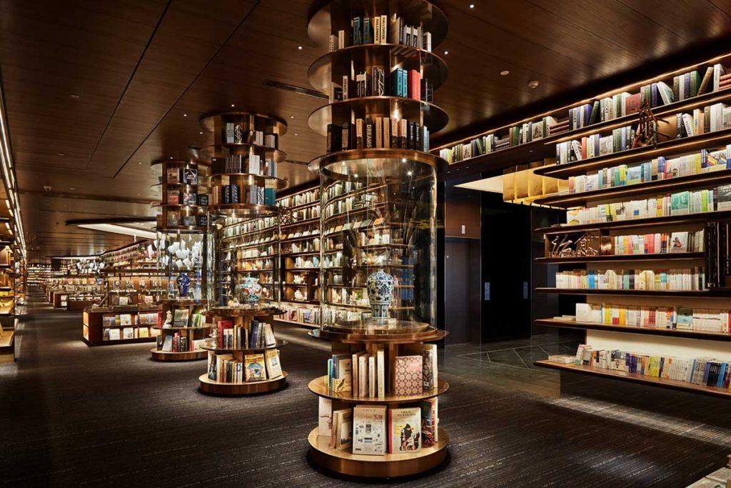 طراحی کتابفروشی بزرگ شهر شی آن توسط توکومو ایکه گای