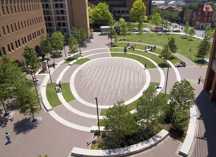 طراحی میدان دانشگاه توماس جفرسون توسط گروه طراحی منظر اندروپوگون