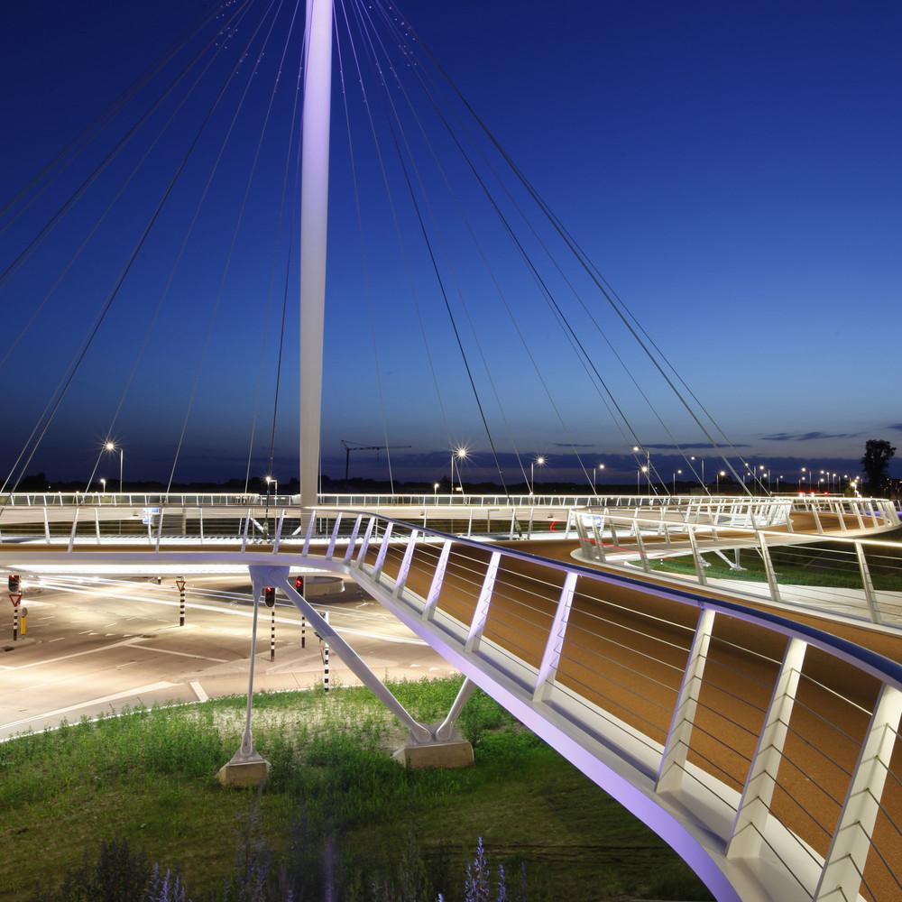 طراحی پل معلق Hovenring ویژه دوچرخه سواران