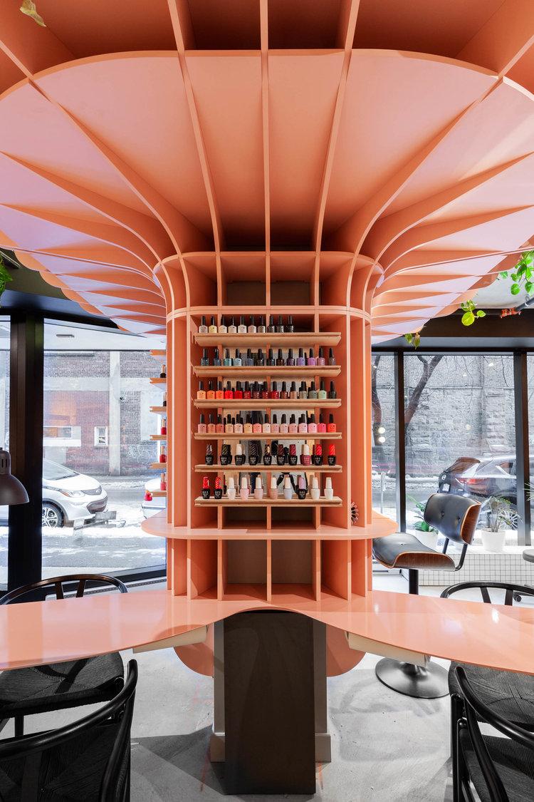 طراحی متفاوت سالن زیباییHideout در شهر مونترال کانادا
