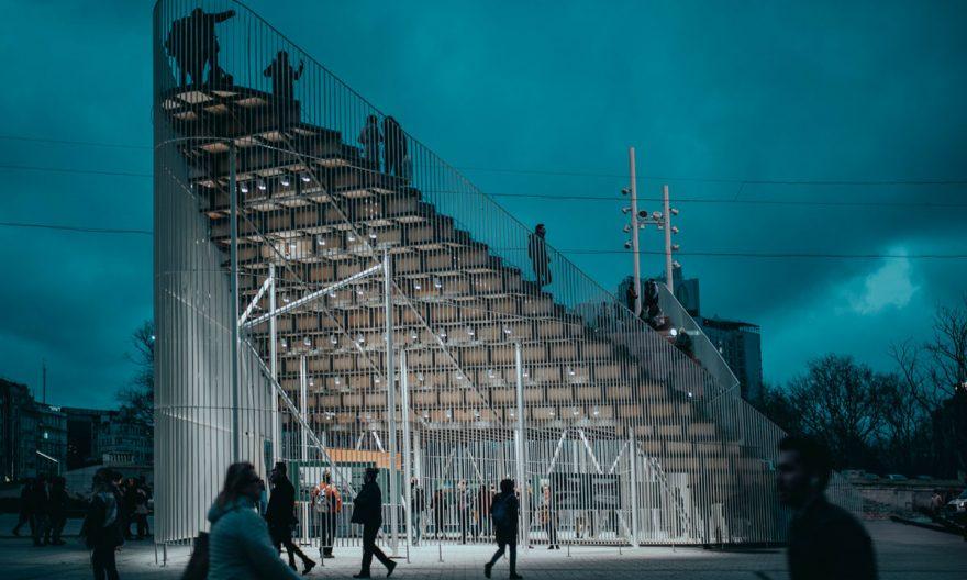 طراحی غرفه آمفی تئاتر در میدان تقسیم استانبول با هدف تقویت زندگی در شهر