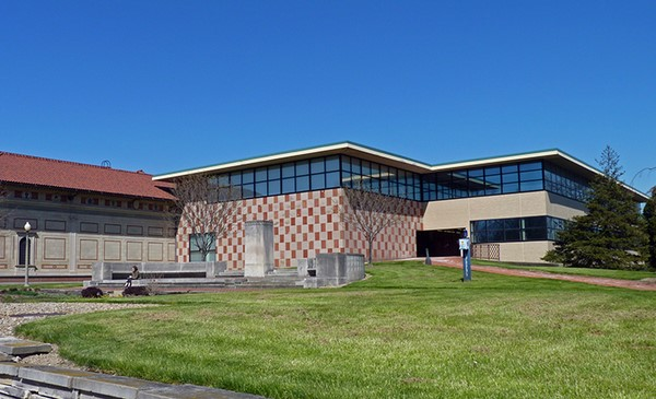 گرامیداشت رابرت ونتوری ، خوانش گر دقیق معماری