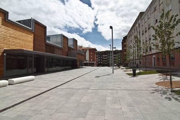 کمک به توان بخشی محله با طراحی بازار مانلئو در بارسلونا